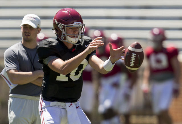 "Alabama quarterback <a class=""link rapid-noclick-resp"" href=""/ncaaf/players/274842/"" data-ylk=""slk:Mac Jones"">Mac Jones</a> (10) works through drills during Alabama's spring football scrimmage, Saturday, April 8, 2017, at Bryant-Denny Stadium in Tuscaloosa, Ala. (Vasha Hunt/AL.com via AP)"
