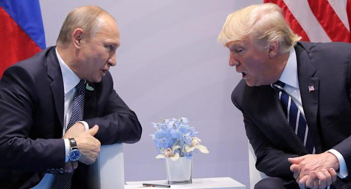 U.S. President Donald Trump speaks with Russian President Vladimir Putin during the their bilateral meeting at the G20 summit in Hamburg, Germany July 7, 2017. (Photo: Carlos Barria/Reuters)