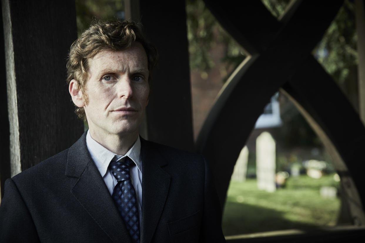 MAMMOTH SCREEN FOR ITV ENDEAVOUR VIII Film 2  Pictured:SHAUN EVANS as Endeavour.    This image is under copyright and may only be used in relation to ENDEAVOUR.Any further use must be agreed with the ITV Picture Desk.    For further information please contact: Patrick.smith@itv.com 07909906963