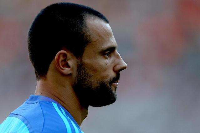 Crystal Palace weigh up move for goalkeeper Diego Cavalieri on a free transfer