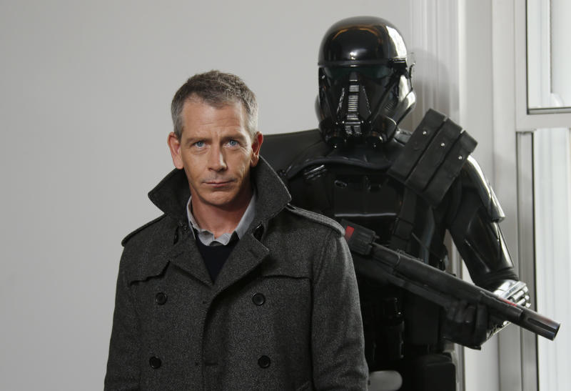 Actor Ben Mendelsohn poses for photographers during the Rogue One: A Star Wars Story fan photo call in London, Wednesday, Dec. 14, 2016. (Photo by Joel Ryan/Invision/AP)