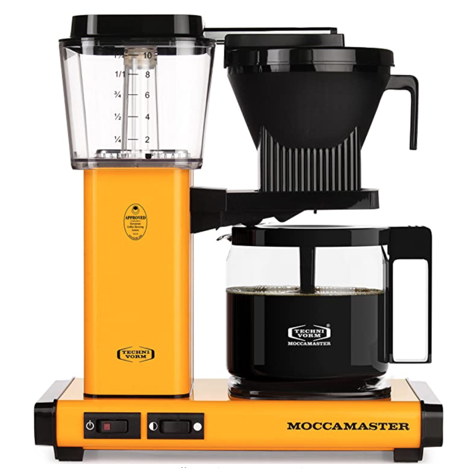 Technivorm Moccamaster 10-Cup Coffee Brewer with Glass Carafe in Yellow Pepper