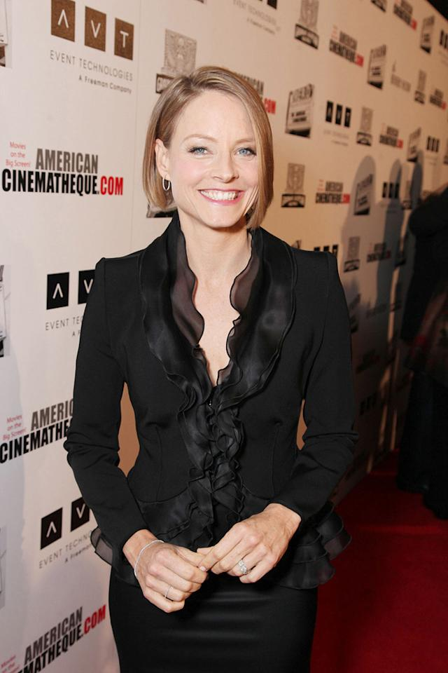 """<a href=""""http://movies.yahoo.com/movie/contributor/1800012541"""">Jodie Foster</a> attends the 25th American Cinematheque Award in Beverly Hills on October 14, 2011."""