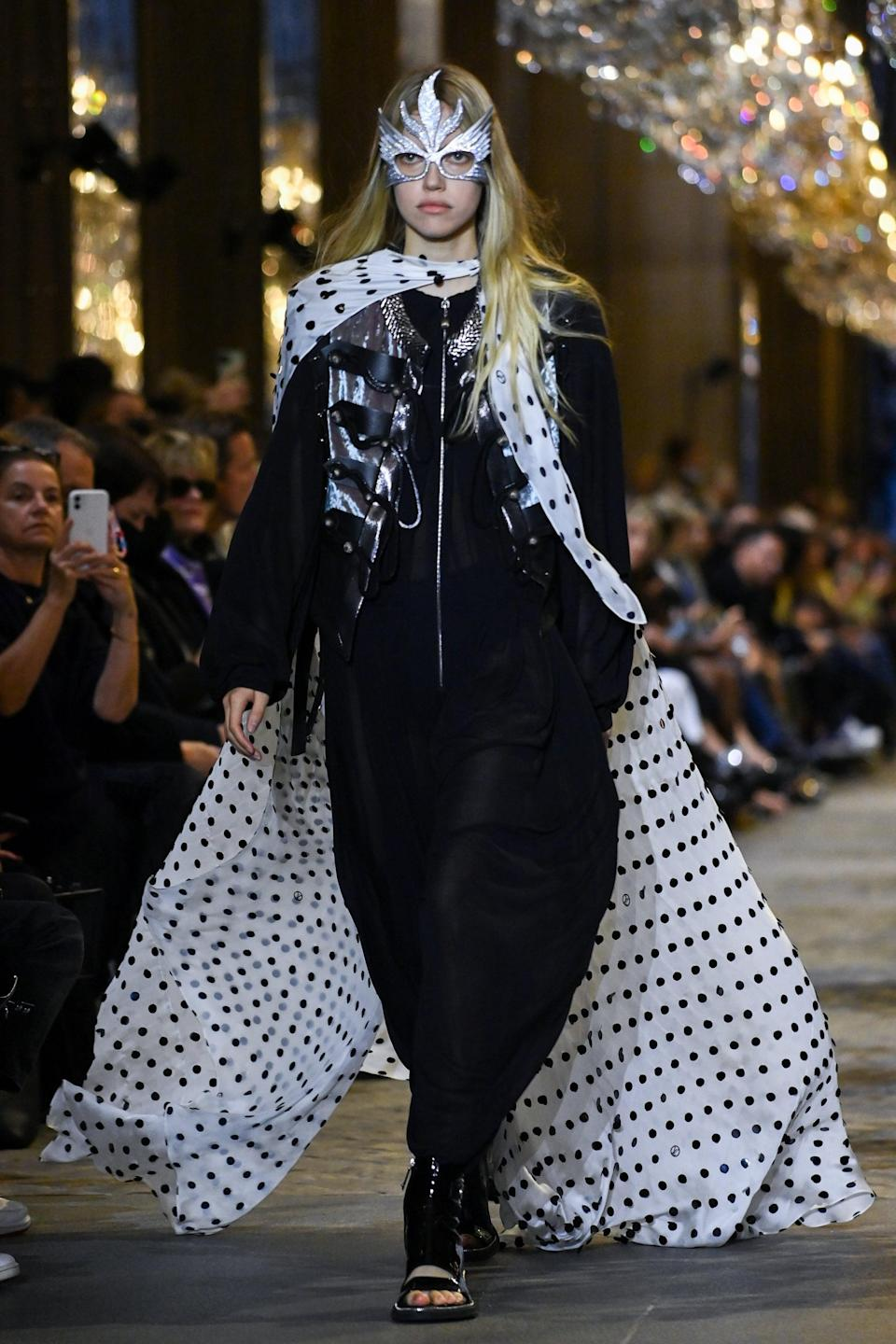 <p>Alright, then, polka dots are back.</p>