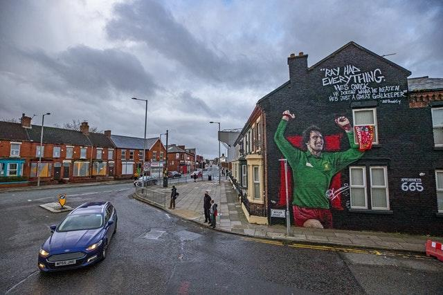 Clemence was a revered figure in Liverpool, where his image adorns the gable end of a terraced house in Anfield in recognition of his achievements