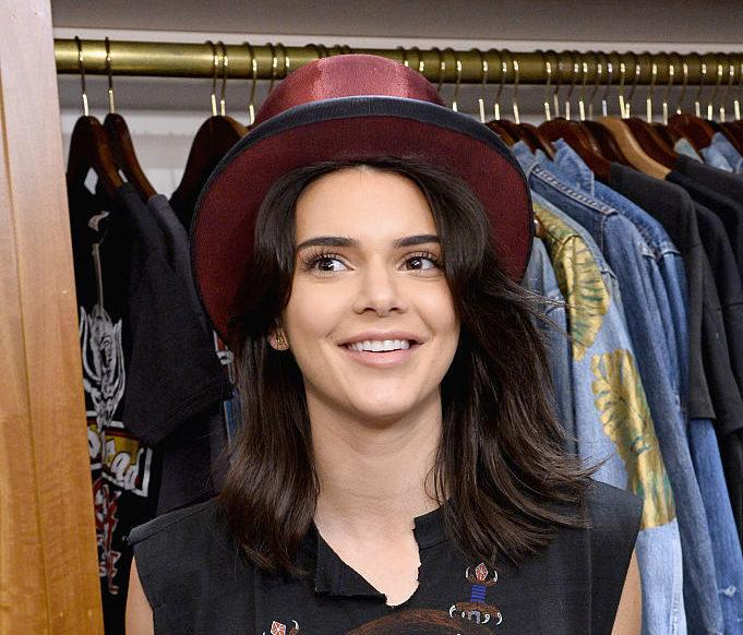 This super clever lady figured out how to DIY Kendall Jenner's $895 Yeezy boots for only ~$5~