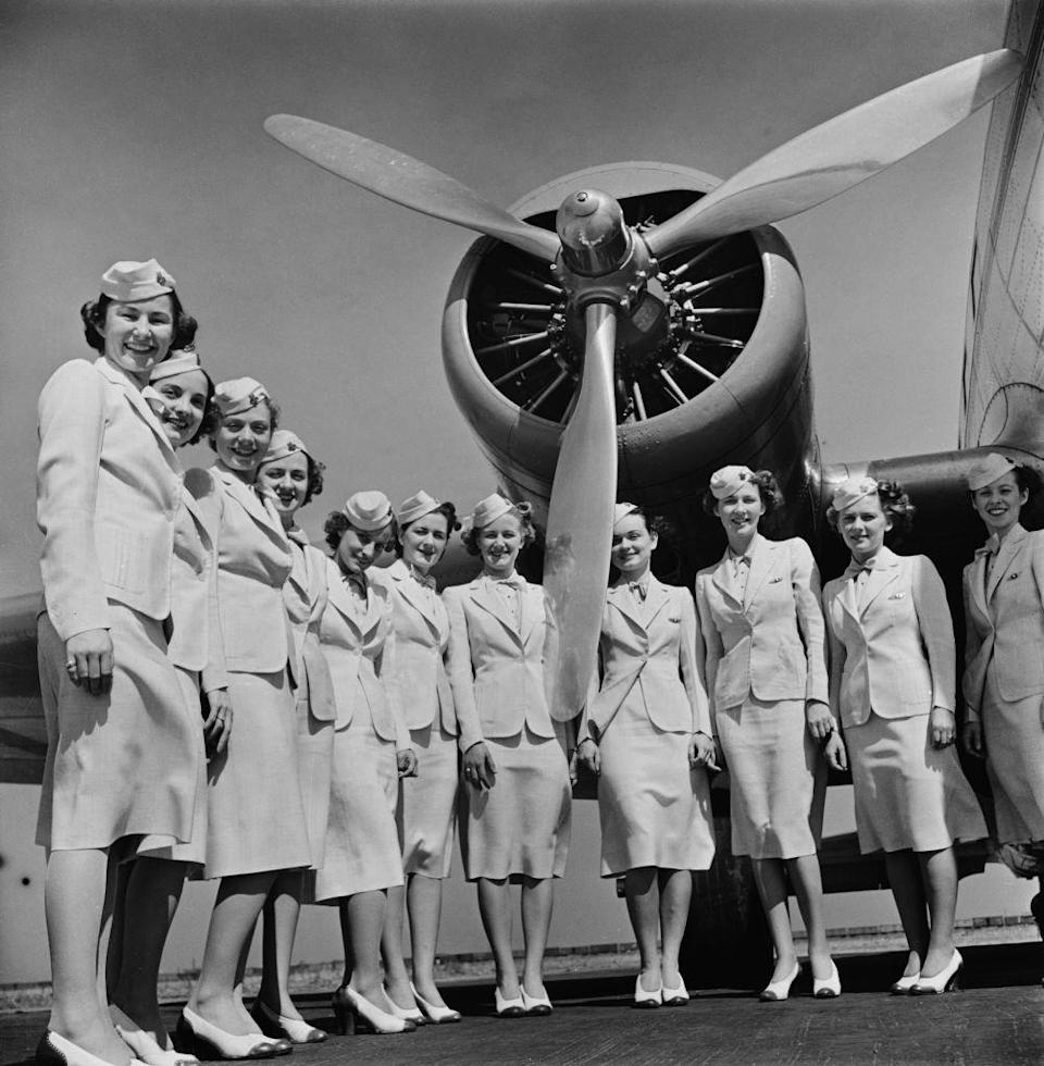 <p>Trainee flight attendants graduate from the American Airlines Stewardess College in Chicago in 1939.</p>