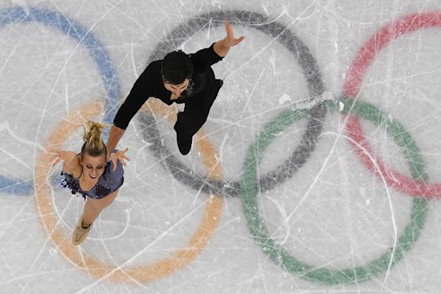 USA's Madison Hubbell and Zachary Donohue compete in the ice dance short dance of the figure skating event during the Pyeongchang 2018 Winter Olympic Games. (Getty Images)