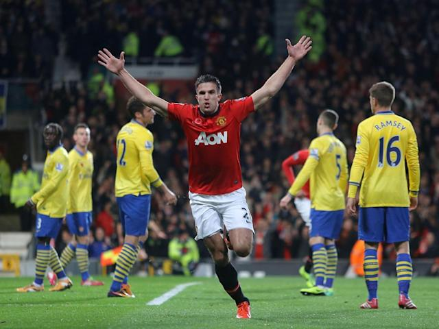 The Arsenal manager says he does not see any parallels between Sanchez and Van Persie (Getty)