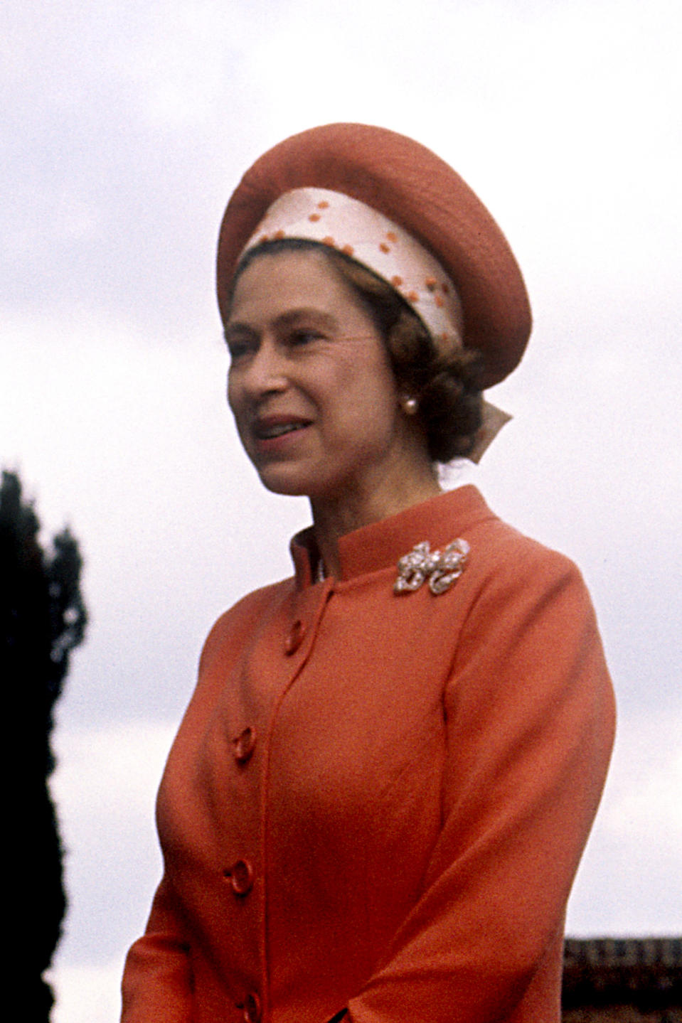 Queen Elizabeth II during a visit by American President Richard Nixon and his wife Pat Nixon, at Chequers, the official country residence of the Prime Minister in Buckinghamshire.