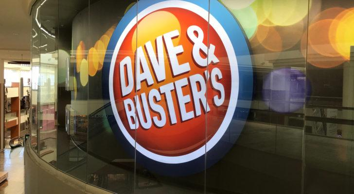 Dave & Buster's (PLAY) logo on a window