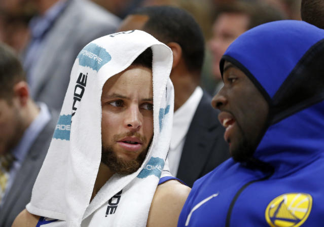 "<a class=""link rapid-noclick-resp"" href=""/nba/players/4612/"" data-ylk=""slk:Stephen Curry"">Stephen Curry</a> (L) has won the hearts of young NBA fans. (AP)"