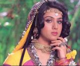 """Between Hero and Damini, Meenakshi was seen in a plethora of Bollywood hits.<em> Hoshiyar, Meri Jung, Shahenshah, Gayal, Ghar Ho to Aisa</em> are just a few among them. She was also seen in a couple of South Indian films. Won't be refutable if we said, success never evaded the actress and even after years of her bidding farewell to the industry, she is fondly remembered. The question is, """"where is she and why did she disappear all of a sudden?"""""""