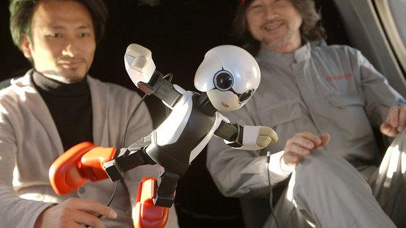Japan Launches Talking 'Robot Astronaut' Kirobo Into Space