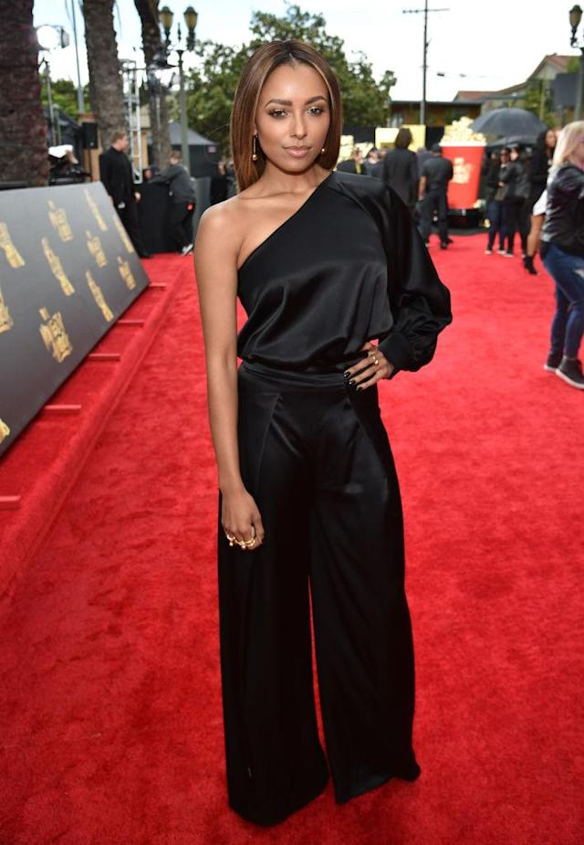 <p>Kat Graham rocked in a one-shoulder stunner. (Photo: Getty Images) </p>
