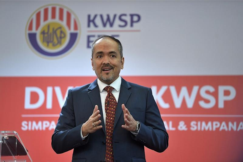 EPF CEO Tunku Alizakri Alias expressed optimism that Malaysians@Work will keep citizens employed in key sectors at home instead of abroad, boosting the economy domestically. — Bernama pic