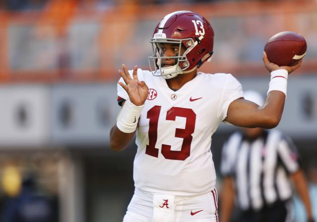 Alabama quarterback Tua Tagovailoa throws to a receiver in the first half of an NCAA college football game against Tennessee Saturday, Oct. 20, 2018, in Knoxville, Tenn. (AP Photo/Wade Payne)