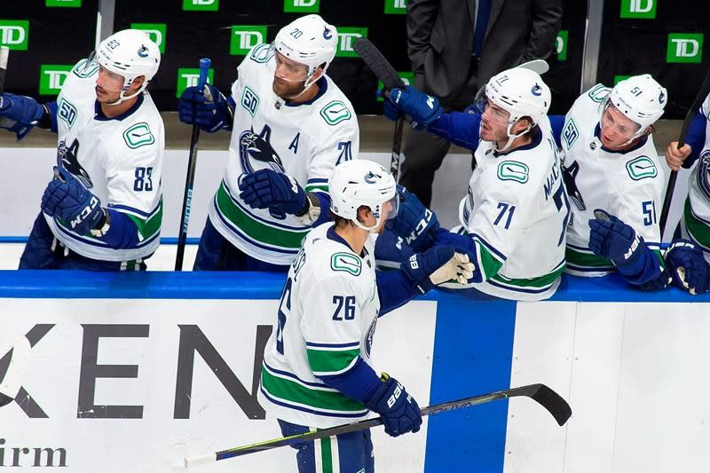 Rally falls short as Wild drop Game 2 to Canucks 4-3