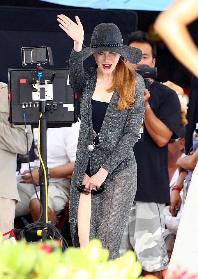 """Oscar winner Nicole Kidman waved to the cameras as she joined the all-star cast of """"Just Go With It,"""" co-starring Jennifer Aniston and Adam Sandler, on location in the """"Aloha State."""" <a href=""""http://www.infdaily.com"""" target=""""new"""">INFDaily.com</a> - May 6, 2010"""