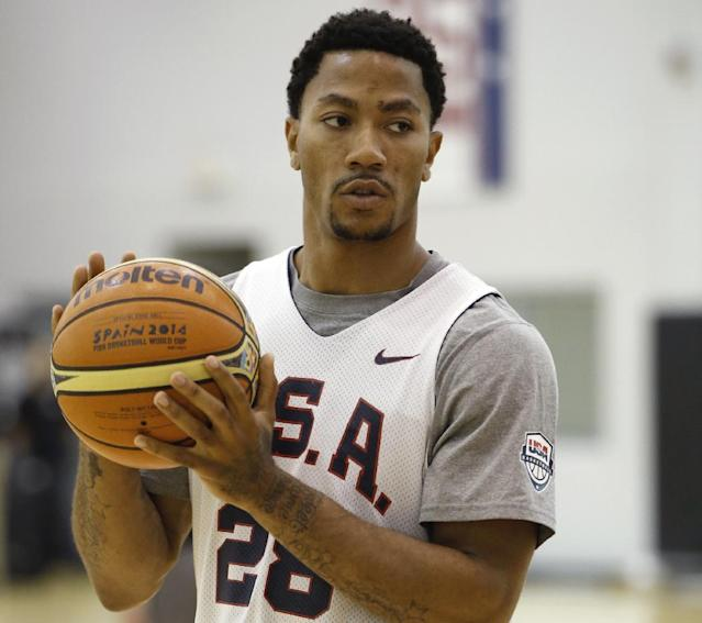 Derrick Rose of the Chicago Bulls works out during an August Team USA practice. (AP/Kathy Willens)