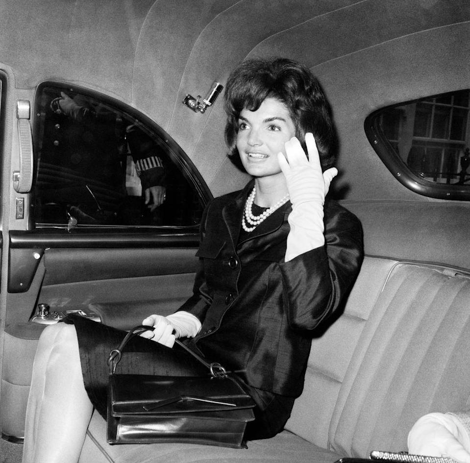 <p>Jackie departs Buckingham Palace while on a private visit to London for her niece, Anna Christina Radziwill's christening. </p>