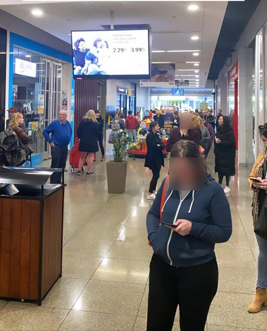 Line of people wait fro Aldi Crofton Le Creuset Special Buy