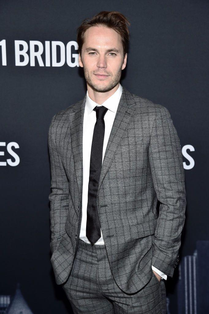 <p>Without the beard? Kitsch is back to being the charismatic <em>Friday Night Lights</em> star we all know and love<em>.</em></p>