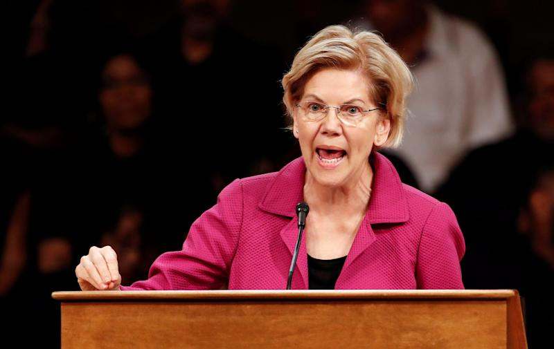 US presidential candidate Elizabeth Warren will speak at the Rainbow PUSH Community and Broadcast Forum in Chicago, Illinois, USA, on June 29, 2019. REUTERS / Kamil Krzaczynski