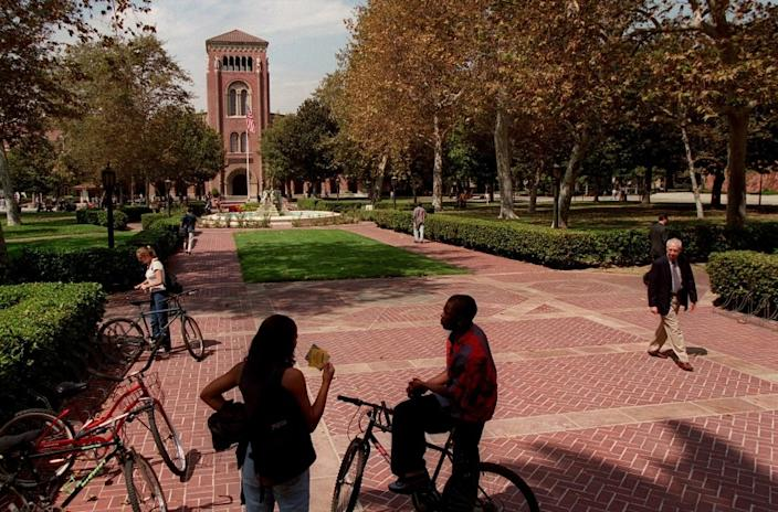 "USC and other California colleges and universities can reopen this fall with some in-person classes and limited dorm life, according to state guidance. <span class=""copyright"">(Perry C. Riddle / Los Angeles Times)</span>"