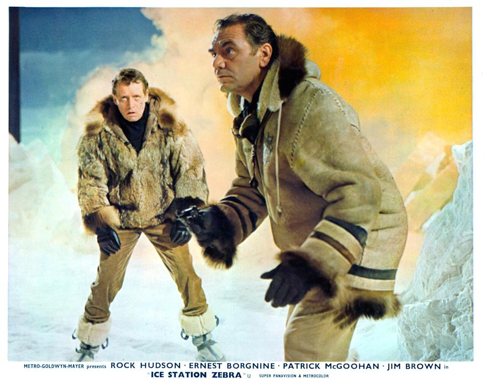 Patrick McGoohan and Ernest Borgnine fight the cold in a scene from the film 'Ice Station Zebra', 1968. (Photo by Metro-Goldwyn-Mayer/Getty Images)