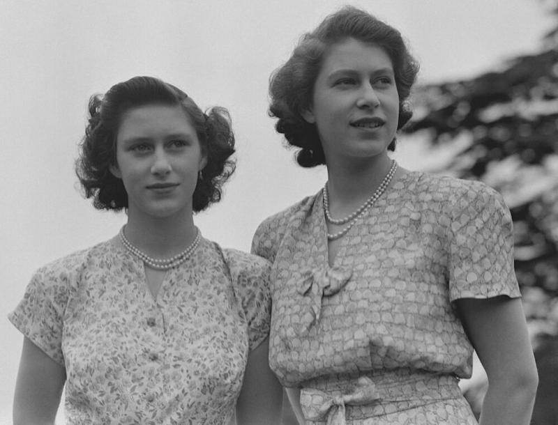 Princess Margaret and Queen Elizabeth in 1942 | Studio Lisa/Getty