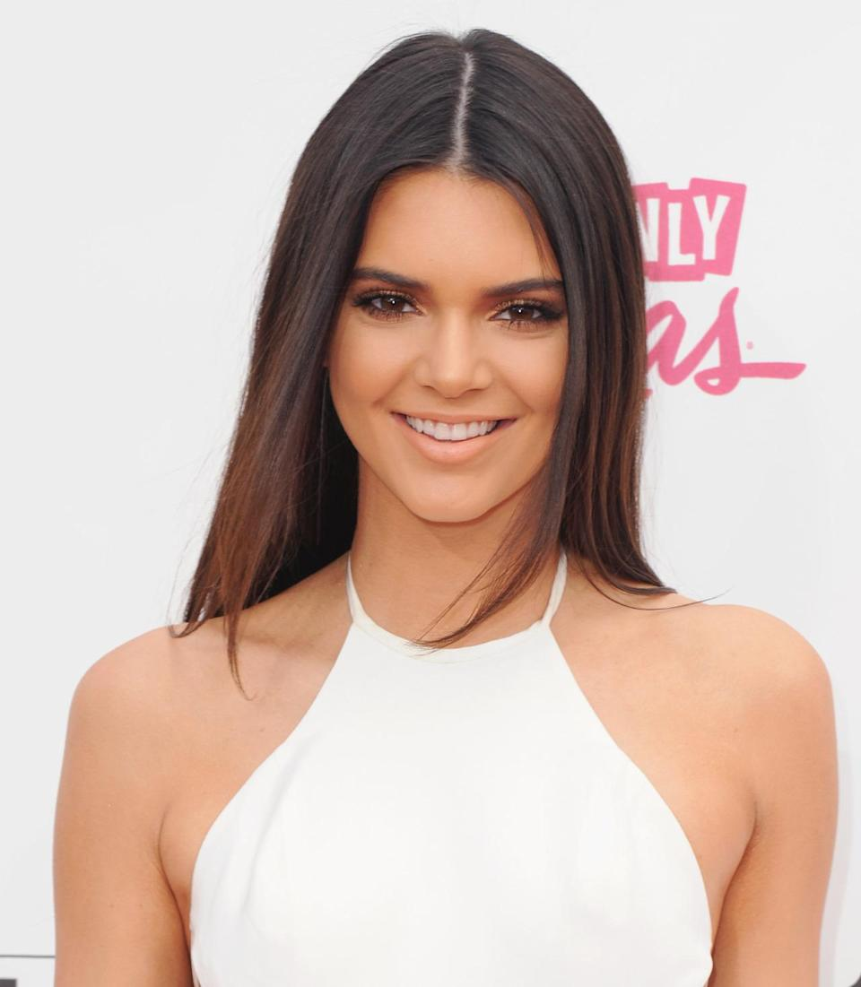 <p>At the Billboard Music Awards in Las Vegas, Jenner looks especially bronzed, especially with the nude matte lip. <i>(Photo: Getty Images)</i></p>
