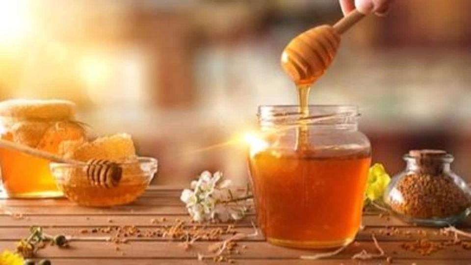 Easy ways to incorporate honey to your hair care routine