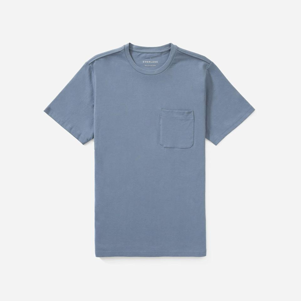 """<p><strong>Everlane</strong></p><p>everlane.com</p><p><strong>$19.00</strong></p><p><a href=""""https://go.redirectingat.com?id=74968X1596630&url=https%3A%2F%2Fwww.everlane.com%2Fproducts%2Fmens-premium-weight-pocket-tee-bluegrey&sref=https%3A%2F%2Fwww.esquire.com%2Fstyle%2Fmens-fashion%2Fg35086246%2Feverlane-end-of-year-sale-2020%2F"""" rel=""""nofollow noopener"""" target=""""_blank"""" data-ylk=""""slk:Buy"""" class=""""link rapid-noclick-resp"""">Buy</a></p>"""