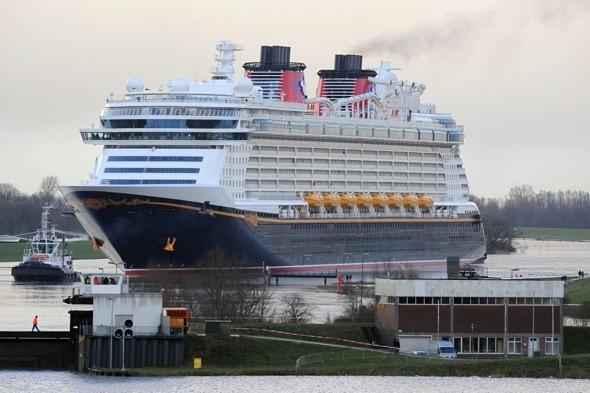 Disney cruise ship rescues four men stranded at sea