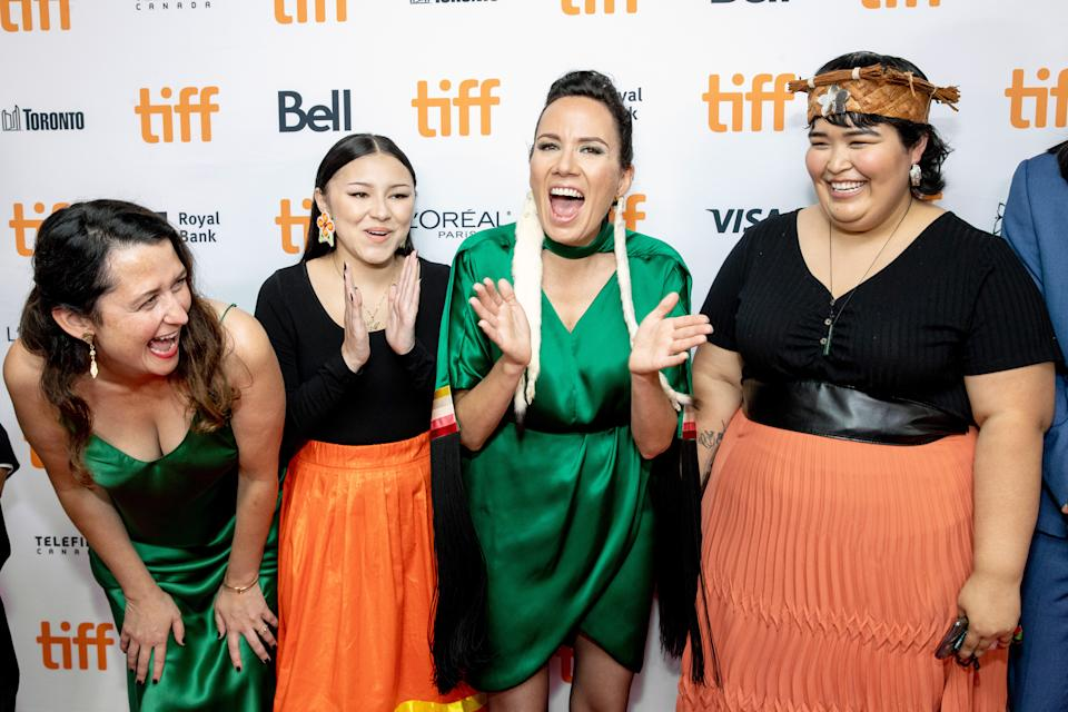 TORONTO, ONTARIO - SEPTEMBER 10: (L-R) Tara Woodbury, Brooklyn Letexier-Hart, Danis Goulet, and Violet Nelson attend the