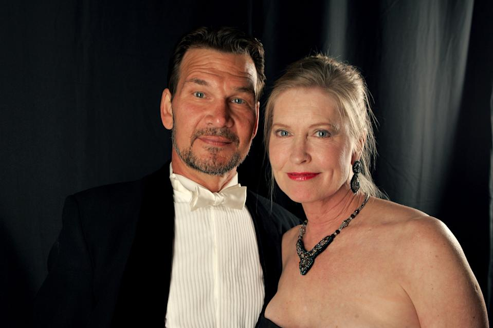 BEVERLY HILLS, CA - FEBRUARY 17:  *EXCLUSIVE ACCESS*  Actor Patrick Swayze (L) and wife Lisa Niemi pose backstage during the 9th annual Costume Designers Guild Awards held at the Beverly Wilshire Hotel on February 17, 2007 in Beverly Hills, California.  (Photo by Mark Mainz/Getty Images for CDG)