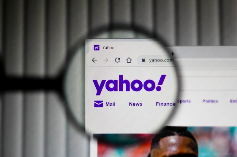 In this illustration the homepage of the Yahoo website is seen displayed on the computer screen through a magnifying glass. Photo: Rafael Henrique/SOPA Images/LightRocket via Getty Images