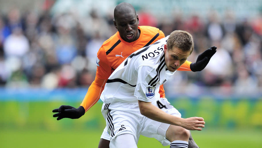 <p>Oh yes, you'd have thought Gylfi had learnt from his mistakes. After an immaculate loan spell with the Swans in the 2011/12 season, it all seemed as though the Icelandic playmaker would join on a permanent basis. </p> <br /><p>However, it wasn't to be. Brendan Rodgers' move to Liverpool changed Gylfi's mind, and he instead opted to join Tottenham. In two seasons at White Hart Lane, Sigurdsson endured a bit-part role at the club, often being deployed out wide.</p> <br /><p>That was until the Swans saved him and resurrected his career. Now he's gone again - oh the deception.</p>