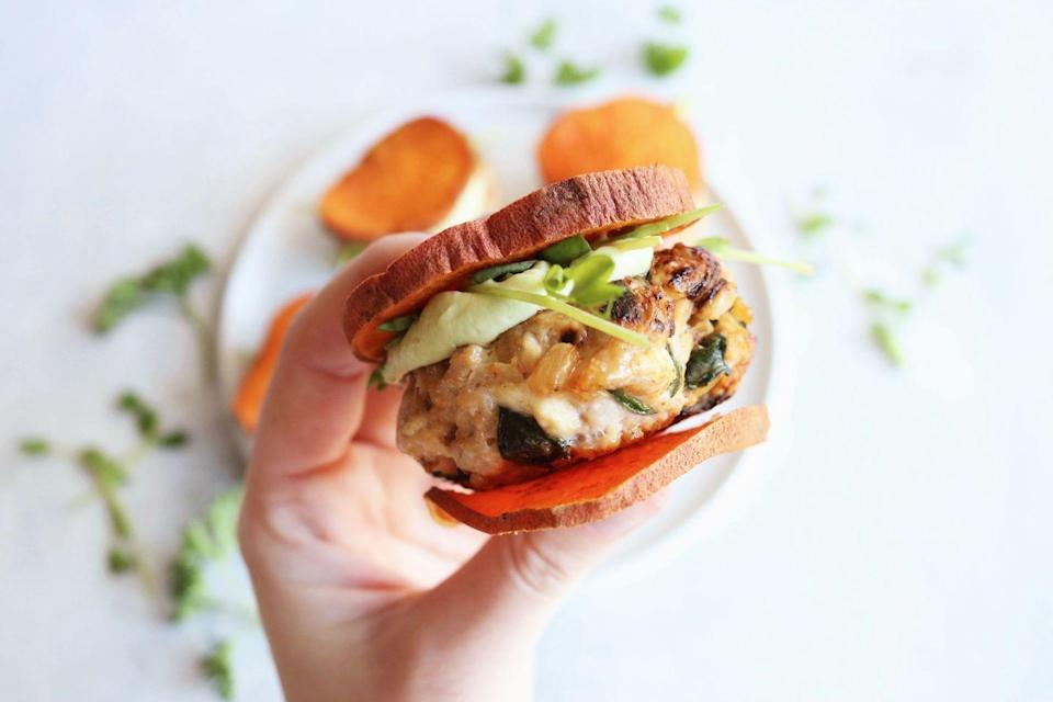 """<p>These burgers by<a href=""""https://thetoastedpinenut.com/caramelized-onion-spinach-feta-turkey-burgers/"""" rel=""""nofollow noopener"""" target=""""_blank"""" data-ylk=""""slk:The Toasted Pine Nut"""" class=""""link rapid-noclick-resp""""> The Toasted Pine Nut</a> have a healthy makeover thanks to swapping sweet potato in for the bun and saving some fat by using leaner turkey meat instead of beef. It takes only 30 minutes to cook and you can add whichever condiments you like to complement the feta and spices. What's more, they're gluten-free and low-carb, which is great for those with dietary restrictions.</p>"""