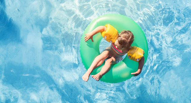 It's important for kids and parents to learn about pool safety. (Photo: Getty Images)