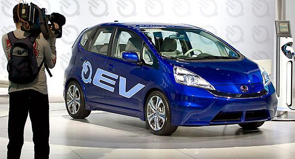 The Honda Fit EV Concept electric vehicle at the 2010 LA Auto Show in Los Angeles, California, U.S., on Thursday, Nov. 18, 2010. Photographer: Jonathan Alcorn/Bloomberg *** Local Caption ***