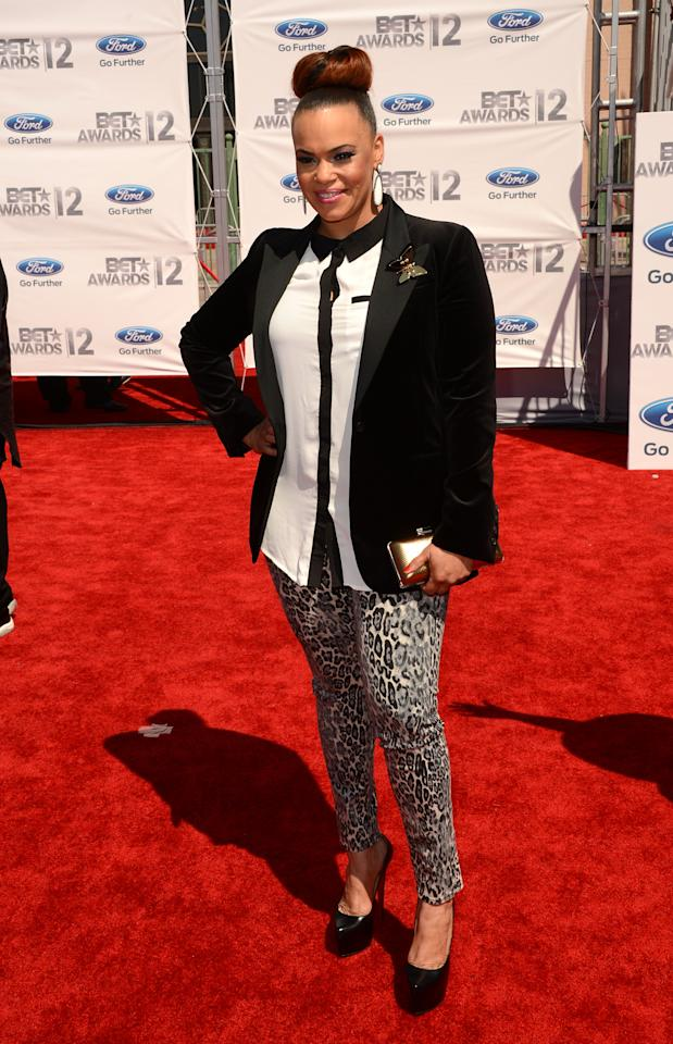 LOS ANGELES, CA - JULY 01:  Singer Faith Evans arrives at the 2012 BET Awards at The Shrine Auditorium on July 1, 2012 in Los Angeles, California.  (Photo by Jason Merritt/Getty Images For BET)