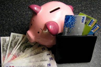 credit card and piggy bank