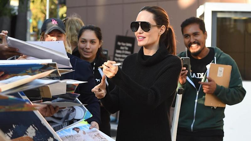 The 42-year-old actress signed autographs for fans on Saturday.