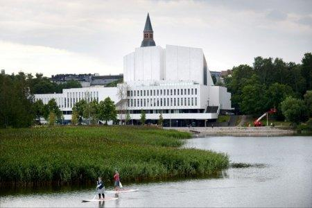 FILE PHOTO: Finlandia Hall, which will serve as a media centre during the meeting of U.S. President Donald Trump and Russian President Vladimir Putin on July 16, is pictured in Helsinki, Finland July 4, 2018. LEHTIKUVA/Mikko Stig/via REUTERS/File Photo THIS IMAGE HAS BEEN SUPPLIED BY A THIRD PARTY. NO THIRD PARTY SALES. NOT FOR USE BY REUTERS THIRD PARTY DISTRIBUTORS. FINLAND OUT. NO COMMERCIAL OR EDITORIAL SALES IN FINLAND
