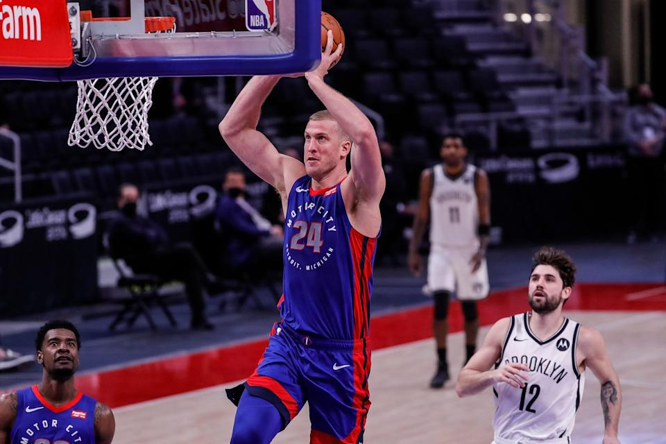 Detroit Pistons center Mason Plumlee dunks against the Brooklyn Nets during the second half at Little Caesars Arena, Tuesday, Feb. 9, 2021.