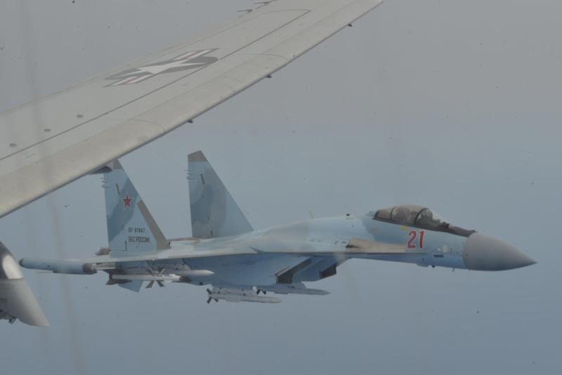 Russian Jets Blocked US Plane in Unsafe Maneuvers Over Mediterranean, Navy Says