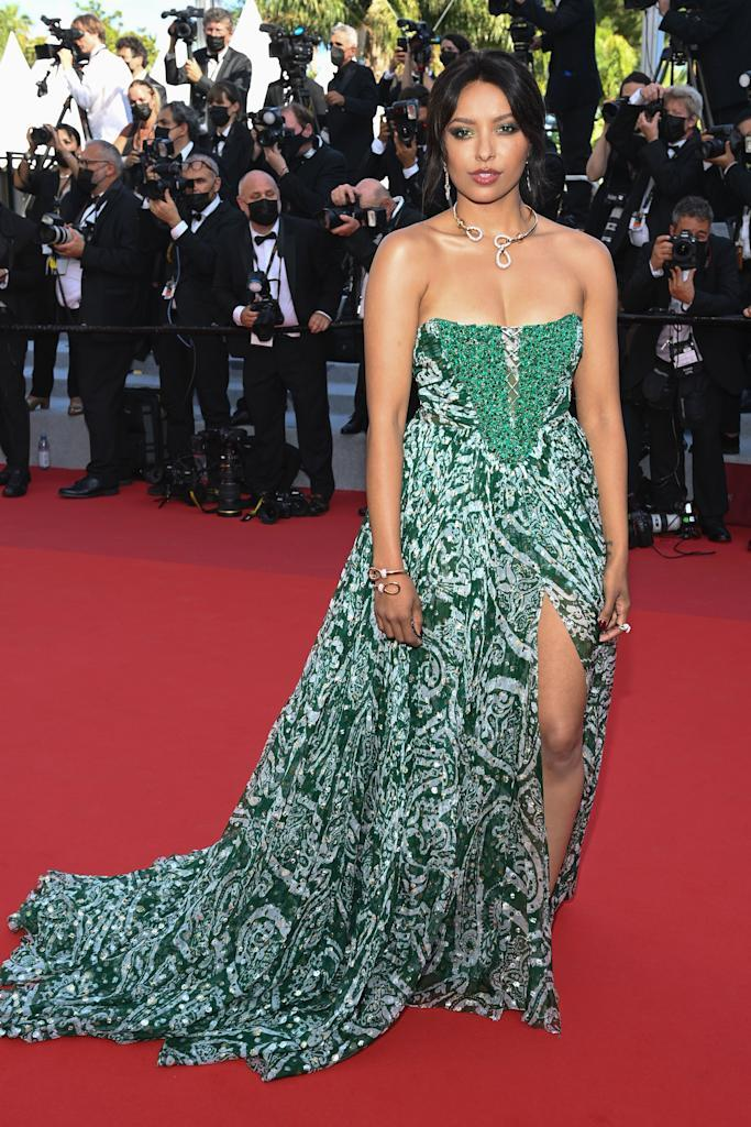 <p>The actor wore a green Etro gown Pomellato jewellery. </p>