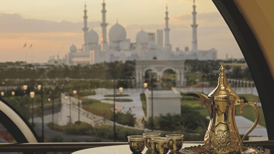 "<span class=""itemContent"" style=""display: inline;""> Overlooking the 1,600 square meter pool, the backdrop of the hotel is the majestic Sheikh Zayed Grand Mosque. </span><span class=""itemContent"" style=""display: inline;"">Photo: www.ritzcarlton.com</span>"